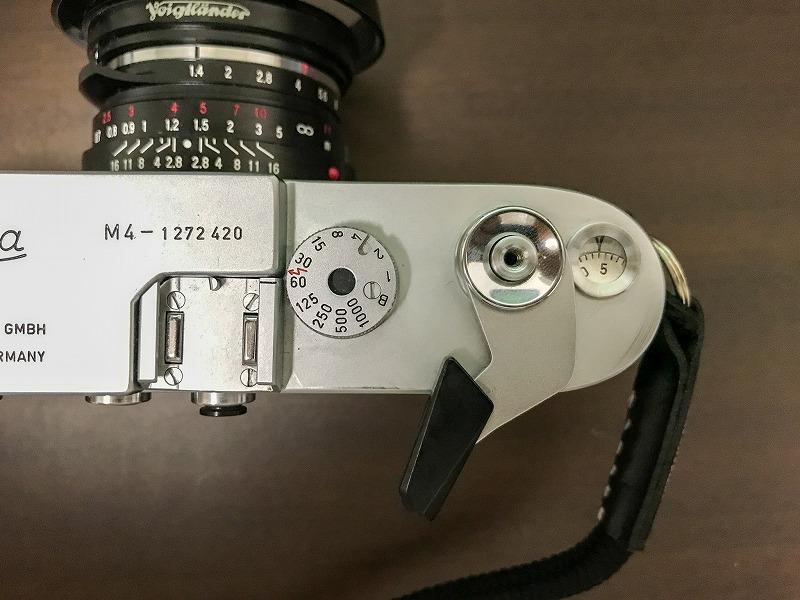 Leica M4の巻き上げ