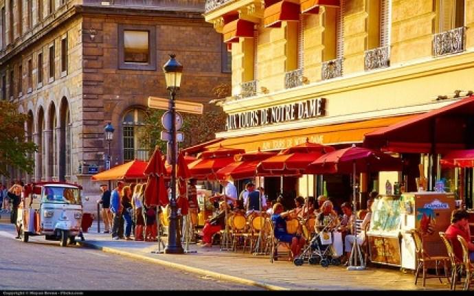 paris best places to retire in europe