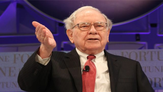 10 Key Lessons Warren Buffett Shares In