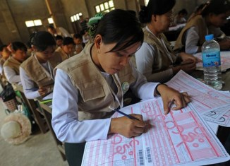Myanmar census shows huge differences between population groups