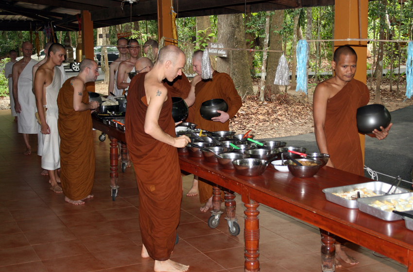 The temple of the Dhamma farangs