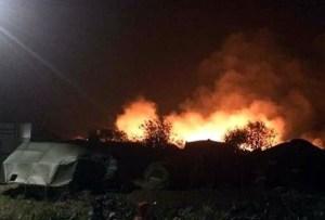 Calais-refugee-camp-on-fire