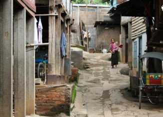 Poverty rates in East Asia declining steadily