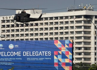 Philippines clears streets of the poor ahead of APEC summit