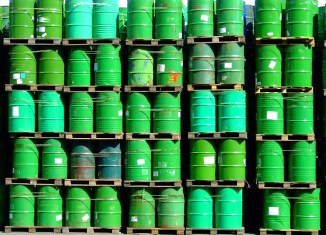 Oil glut: Malaysia's Petronas to cut $11.4b in spending
