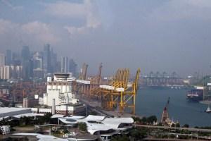 Singapore port_Arno Maierbrugger