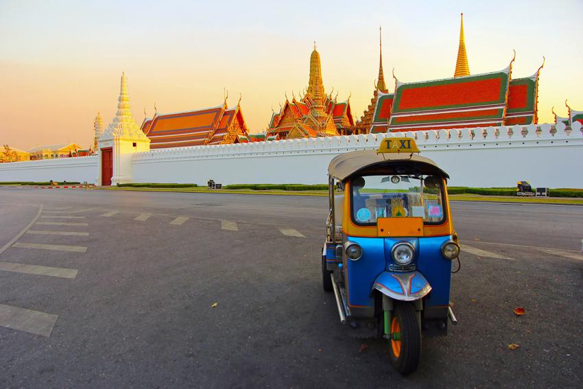 After referendum, Thailand's economic direction unclear
