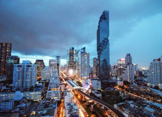 Goldman Sachs, Apollo to invest $235 million in Bangkok's tallest tower
