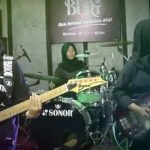 Hijab heavy metal: All-girls Muslim band from Indonesia has a blast