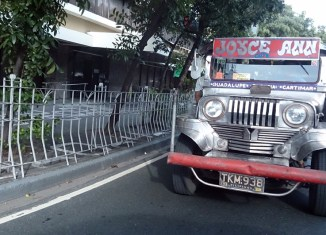 Filipino jeepney drivers protest against phase-out plans for old vehicles