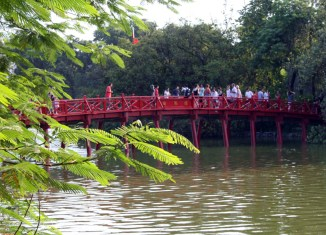 "Vietnam seeks to ""upgrade"" tourism sector"