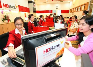 Vietnam's first IPO in 2018 rocks HCM Stock Exchange