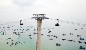 Austrian firm opens world's longest cable car in Vietnam