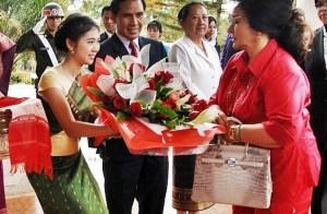 Rosmah dwarfs Imelda in the kleptocracy department