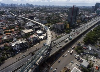 Traffic-choked Jakarta to launch MRT operations by next March