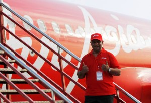 Airasia Won't Get Involved In Malaysia Airlines, Founder Says