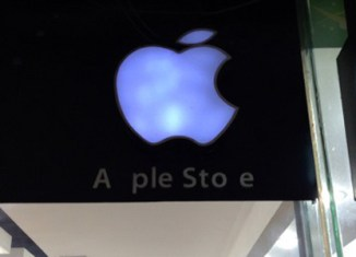 Apple's first authorised store opens in Myanmar