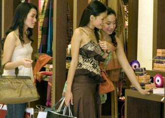 Thailand to cut import duties on designer goods