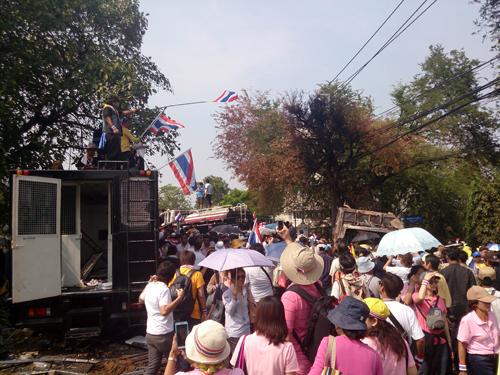 Bangkok Protests13 Dec 9_Arno Maierbrugger