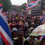 Bangkok: 150,000 march against government (photo update)