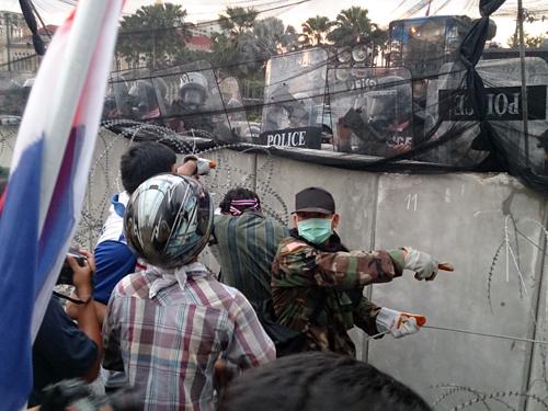 Bangkok-riots-Dec-2013_20_Arno Maierbrugger