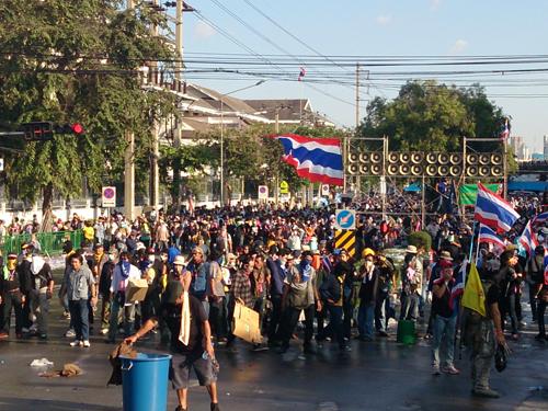 Bangkok-riots-Dec-2013_8_Arno Maierbrugger