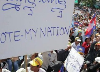 Cambodia: 20,000 rally over disputed elections