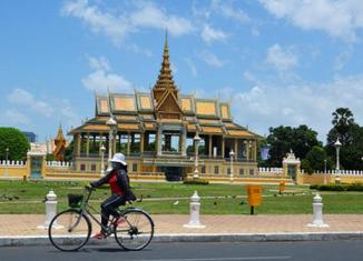 Cambodia cabinet approves $3.5b draft budget