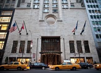 Four Seasons Hotel New York Exterior 2