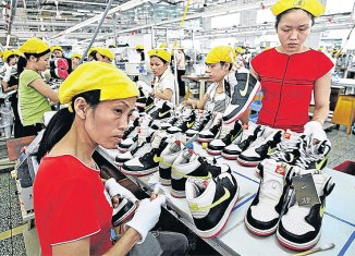 Vietnam becoming world production base as firms leave China