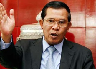 Cambodian PM mocks US threat