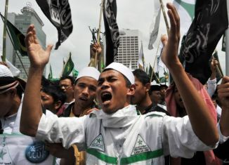 Fundamentalist Islamic group in Indonesian under fire