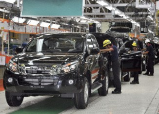 Thailand: 30,000 auto workers lost jobs