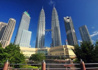 Malaysia's first quarter GDP beats forecast