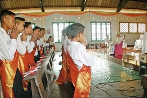 Laos christians1