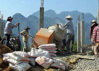 Laos government vows to 'produce' skilled workers