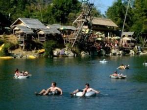 Laos_tubing