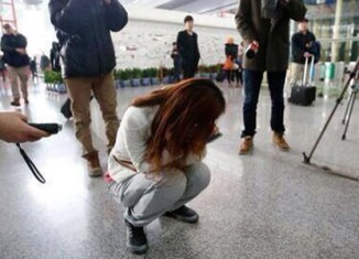 Massive search for flight MH370 – see passenger list