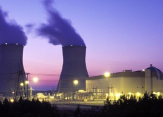Vietnam pushes to build nuclear reactors