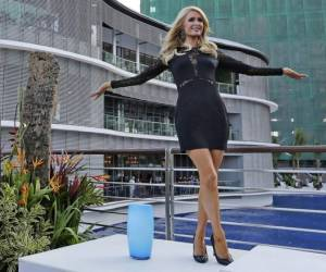 Paris Hilton inaugurates her real estate project Paris Beach Club in Manila