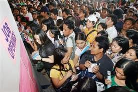 Despite strong growth, Philippine jobs are scarce