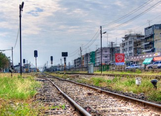 Thais warned that trains arrive on time