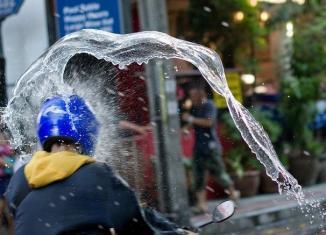 Thailand: $17b cash for Songkran splash