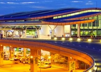 HCMC airport bursting at the seams