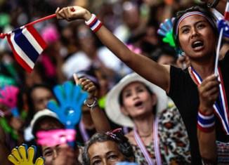 Thai PM dissolves parliament, situation tense