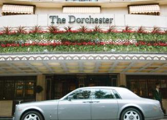 Brunei hotel boycott spreads to London