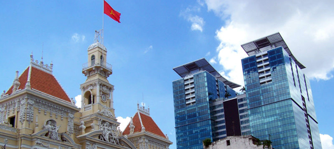 Vietnam posts trade deficit, but FDI on the rise