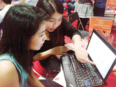 Internet usage in Vietnam takes off
