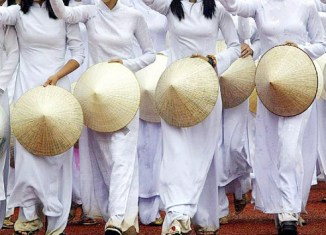 Vietnam economy recovers, but high growth uncertain