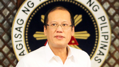 Aquino touts Philippine economic growth